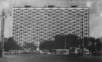 25-этажный жилой дом на проспекте Мира, 110. Архитекторы В. Андреев, Т Заикин, 1969
