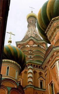 Центральный столп - церковь Покрова