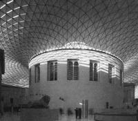 Двор Британского музея. Н. Фостер, 1994—2003