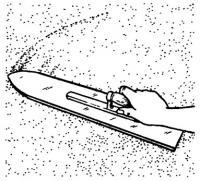Использование длинной терки для выравнивания поверхности