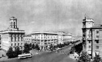 Ленинский проспект. Административное и жилые здания