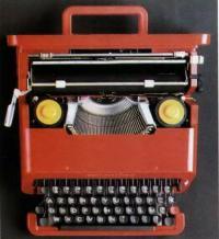 Пишущая машинка Валентина для фирмы Оливетти. Э. Соттсасс. Италия, 1969