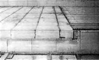 Рис. 61. Междуэтажное перекрытие с плитами из ячеистого бетона