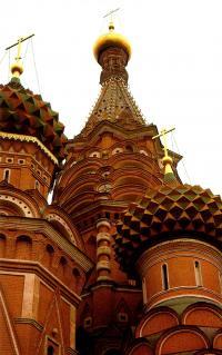 Средние ярусы центрального столпа церкви Покрова
