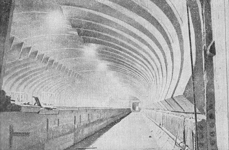 Станция «Ленинская» Горьковского метрополитена в процессе строительства