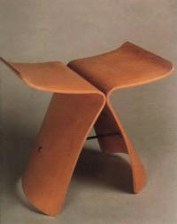 Стул Баттерфляй. С. Янаги, 1956 (мебель из дерева)