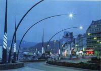 Светильники уличного освещения в Шербурге. Светодизайнер Я. Керсале, 1994