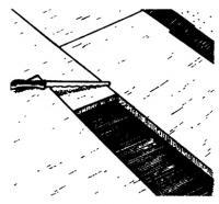 Укладка 1-го слоя изолирующих панелей