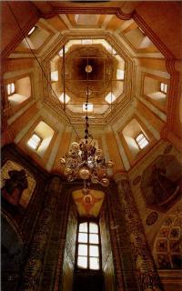 Внутренний вид церкви Покрова