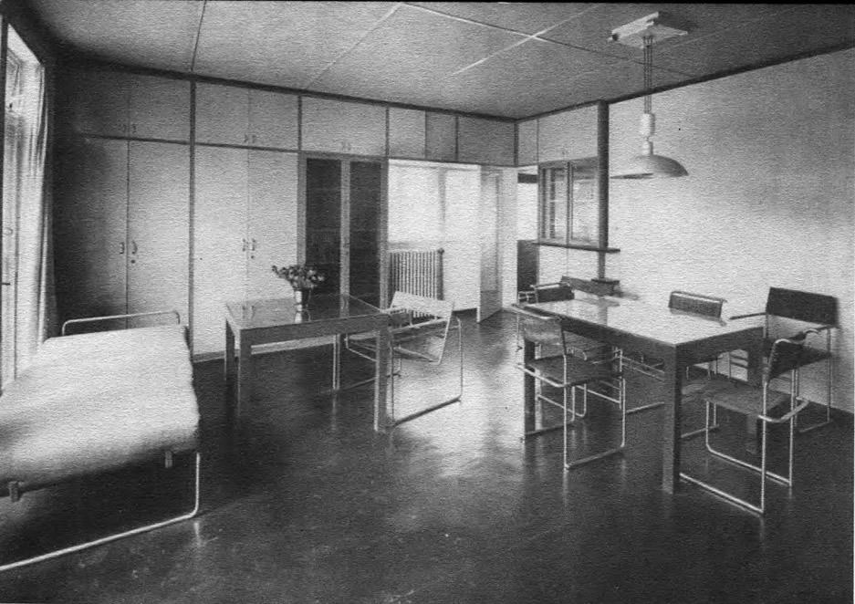 Жилой дом в поселке Вайсенхофф. Интерьер. В. Гропиус, Штутгарт, Германия, 1927